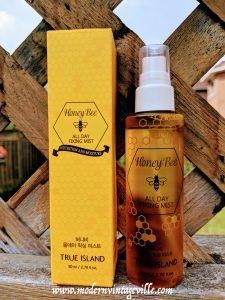 Honey Bee All Day Fixing Mist